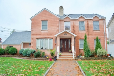 Union Twp. Single Family Home For Sale: 340 Cambridge Dr