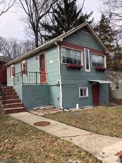 Single Family Home For Sale: 6 Madison Trl