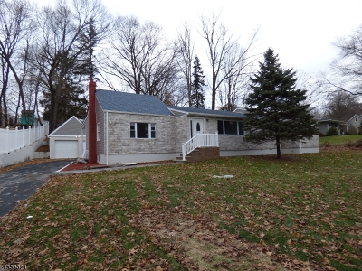 North Haledon Boro Single Family Home For Sale: 145 Oakwood Ave