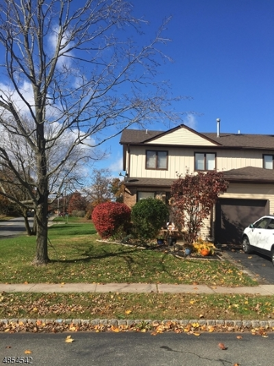Flemington Boro, Raritan Twp. Condo/Townhouse For Sale: 1 Sherwood Ct