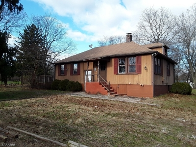 Hillsborough Twp. NJ Single Family Home For Sale: $299,900