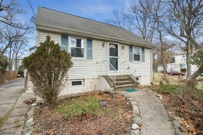Wayne Twp. Single Family Home For Sale: 35 New York Ave