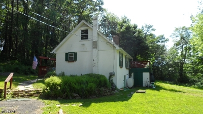 Chester Twp. NJ Single Family Home For Sale: $90,000