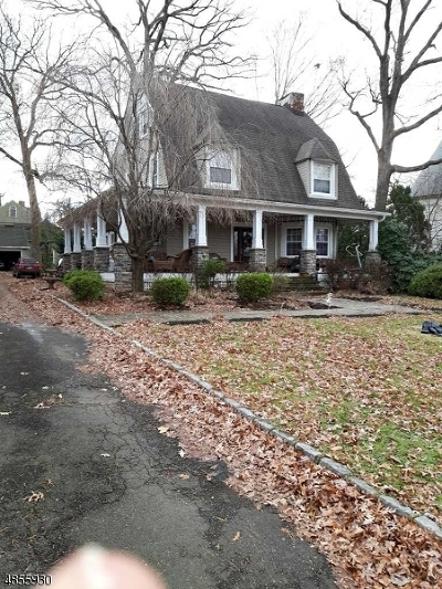 Nutley Twp. NJ Single Family Home For Sale: $649,900