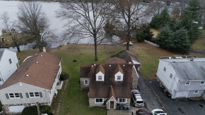 Parsippany-Troy Hills Twp. Single Family Home For Sale: 582 Lake Shore Dr