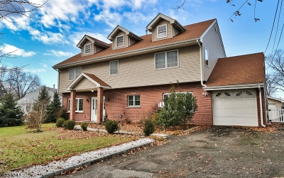 Piscataway Twp. Single Family Home For Sale: 10 Charles Ter
