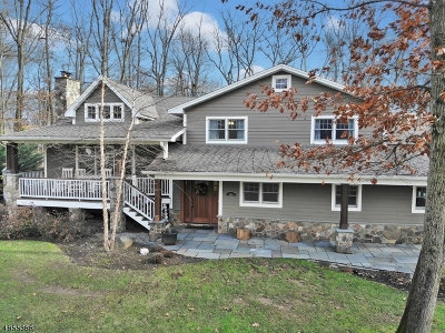 Wyckoff Twp. Single Family Home For Sale: 366 Harvey Ct