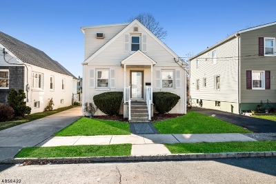 Bloomfield Twp. Single Family Home For Sale: 37 Fritz St