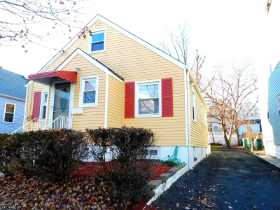 Kearny Town Single Family Home For Sale: 327 Highland Ave