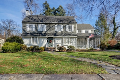 Cranford Twp. Single Family Home For Sale: 14 Hampton Rd