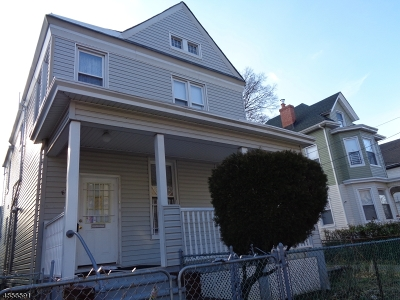 Passaic City Single Family Home For Sale: 87 Grove St