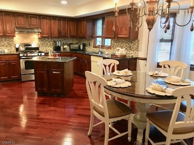 Montville Twp. Single Family Home For Sale: 43 Old Lane