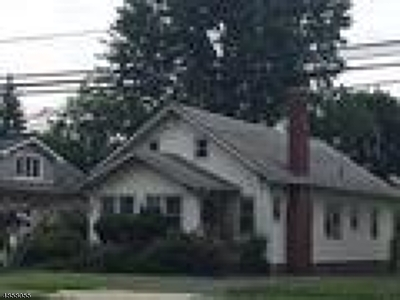 Bloomfield Twp. Single Family Home For Sale: 472 Watchung Ave