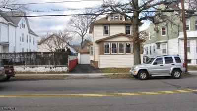 Paterson City Single Family Home For Sale: 127-129 Totowa Ave