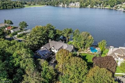 Roxbury Twp. Single Family Home For Sale: 15 Auriemma Ct