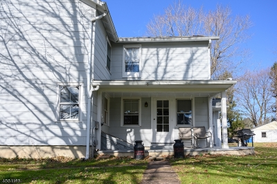 Clinton Twp. Single Family Home For Sale: 4 Hoffman Rd