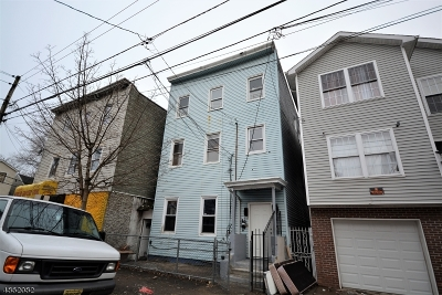 Paterson City Multi Family Home For Sale: 92 Mercer St