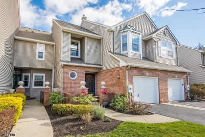 Roseland Boro Condo/Townhouse For Sale: 38 Meeker Ct C0051