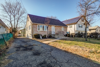 Franklin Twp. NJ Single Family Home For Sale: $264,900