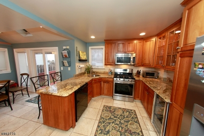 Union Twp. Single Family Home For Sale: 194 Hoover Pl