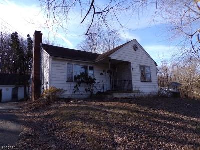 Holland Twp., Milford Boro Single Family Home For Sale: 1089 Milford-Warren Glen Road