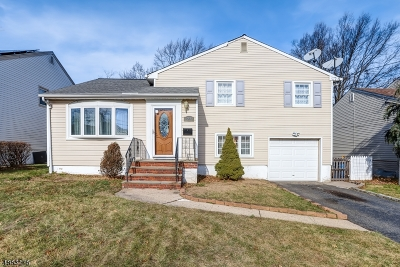 Union Twp. Single Family Home For Sale: 1771 Columbia Ter