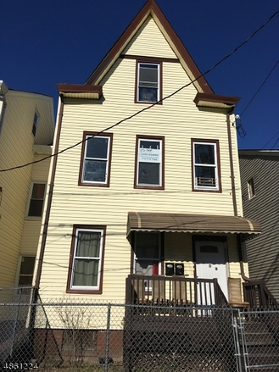 Paterson City Multi Family Home For Sale: 109 Warren St