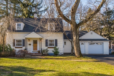 Wyckoff Twp. Single Family Home For Sale: 601 Overlook Dr