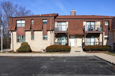 Raritan Twp. Condo/Townhouse For Sale: 1409 Normandy Court