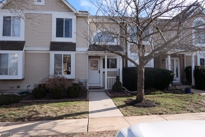 Hillsborough Twp. Condo/Townhouse For Sale: 88 Long Acre Ct