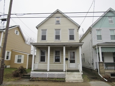 Warren County Single Family Home For Sale: 376 Bates St