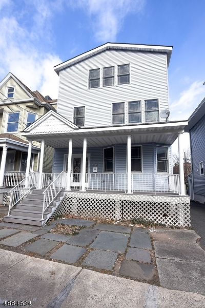 Passaic City Single Family Home For Sale: 256 Paulison Ave