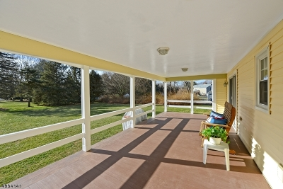 Clinton Twp. Single Family Home For Sale: 38 River Bend Rd