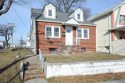 Clifton City Multi Family Home For Sale: 216 E 9th St