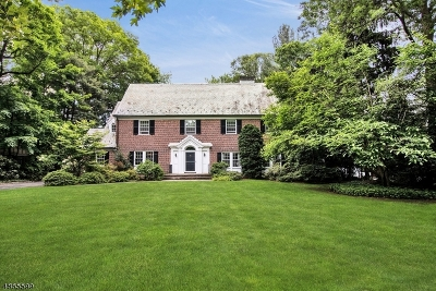 Montclair Twp. Single Family Home For Sale: 71 Eagle Rock Way