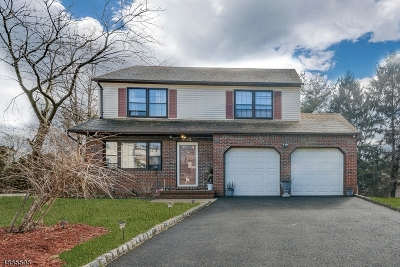 Union Twp. Single Family Home For Sale: 812 Creslyn Ct