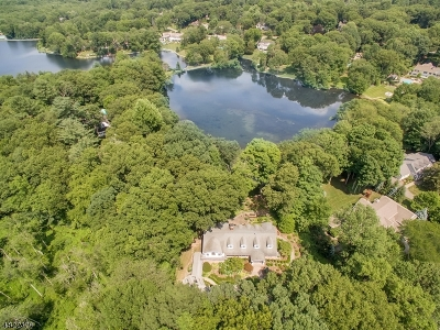 Franklin Lakes Boro Single Family Home For Sale: 935 Old Mill Rd