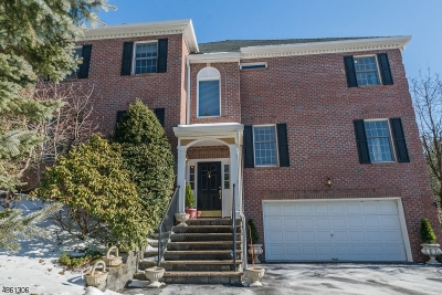Wayne Twp. Condo/Townhouse For Sale: 67 Summer Hill Rd