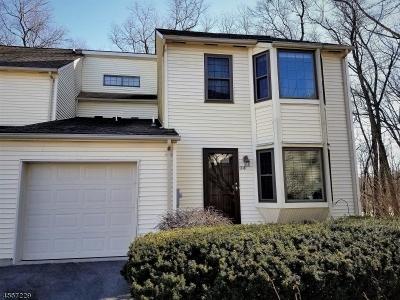 Raritan Twp. Single Family Home For Sale: 218 Burlington Ct