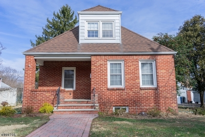 Clark Twp. Single Family Home For Sale: 3 Poplar Ter