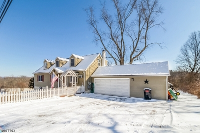 Bethlehem Twp. Single Family Home For Sale: 405 Charlestown Road