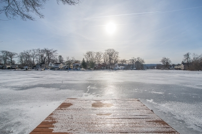 Denville Twp. Single Family Home For Sale: 14 Shawnee Trail