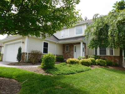 Hardyston Twp. Single Family Home For Sale: 7 Wentworth Court