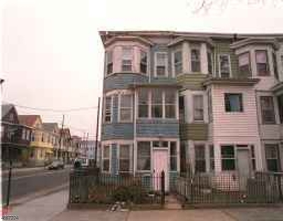 Passaic City Single Family Home For Sale: 93 Sherman St