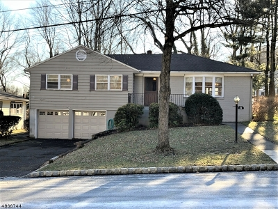 West Orange Twp. Single Family Home For Sale: 55 Rosemont Ter
