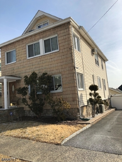 Bloomfield Twp. Multi Family Home For Sale: 41 Irving Ter