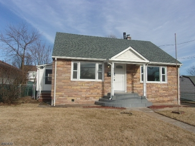Manville Boro Single Family Home For Sale: 233 S 19th Ave