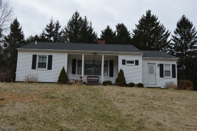 Franklin Twp. Single Family Home For Sale: 89 Hogback Rd