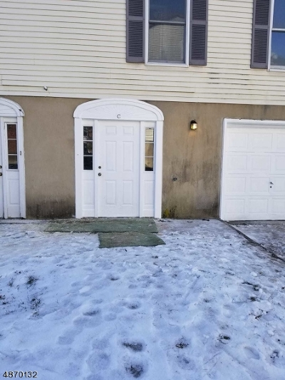 East Orange City NJ Condo/Townhouse For Sale: $230,000