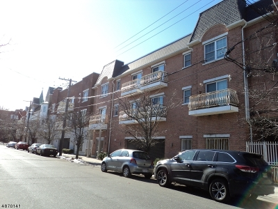 Newark City NJ Condo/Townhouse For Sale: $330,000